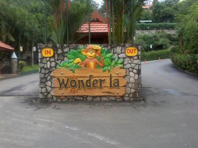 Wonderla-Amusement-Park-Kerala